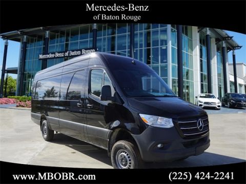 "New 2019 Mercedes-Benz Sprinter 2500 144"" WB Gasoline Passenger"
